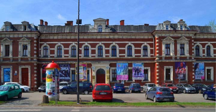 Zdjęcie budynku filii nr 4 MBP w Rudzie Śląskiej